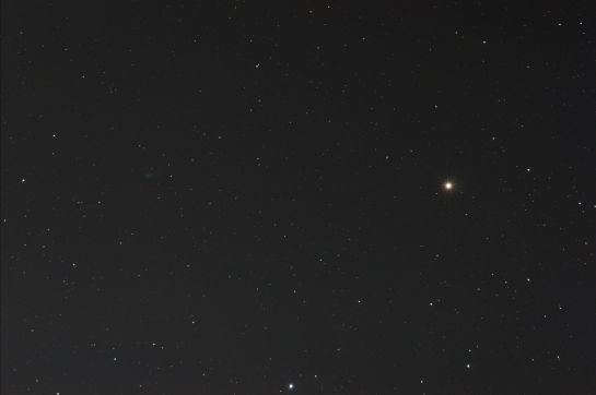 24 October 2013: C/2012 S1 (ISON) with Mars 300mm f/5.6, ISO 1600, 6 minutes 6 frames of 1 minute