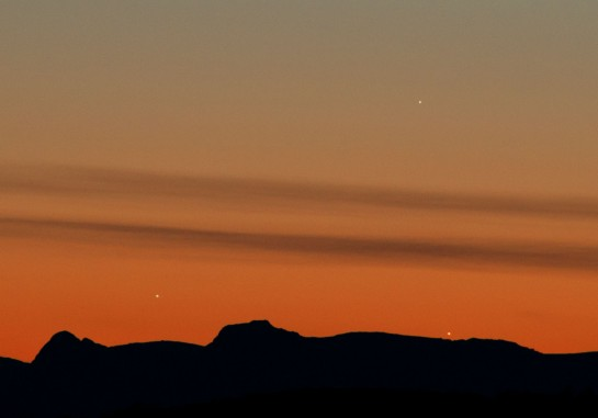 """26th May 2013: """"What might have been"""" Jupiter (left), Venus (right) and Mercury (top) setting over the Langdales."""