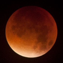 Lunar eclipse 28 September 2015